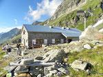 Capanna Adula UTOE 2393 m (Val di Carassino)