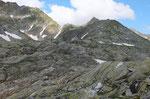 Siamo alla Bocchetta di Cadlimo 2570 m ....