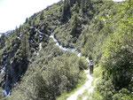 Sentiero innevato per l'Alp di Agnon