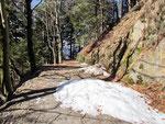Sulla strada che conduce ai Monti di Artore
