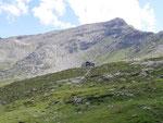 Capanna Cava 2066 m