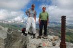 Pizzo Lucendro 2962 m con un amico della montagna della Valle Maggia (grazie per le foto)