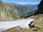 Dalla Bocchetta d'Albagno 2057 m verso la Valle di Moleno