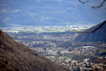 Verso Bellinzona ... si vede anche la strada per il Monte Ceneri