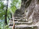 Le scalinate non mancano .....