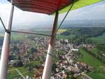 Rechts der Wohnsitz von unserem Grafen zu Königsegg / Aulendorf