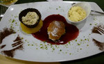 Schön arrangiertes Dessert