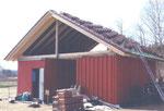 April 2010 - das Dach wird gedeckt