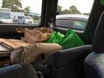 行きは教室の材料や、お土産を積み、帰りは川崎の自宅からかたずけ物を運ぶ。