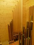 Holzpfeifen der Flûte harm. 8' im Schwellwerk