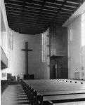 Altarraum und Hochkanzel