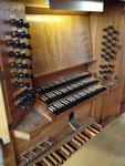 Hauptspieltisch der großen Orgel (Ott 1955)
