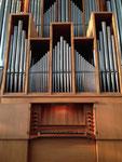 Eigener Spieltisch am Rückpositiv der großen Orgel (Ott 1955)