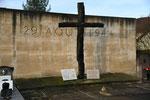 55 Robert-Espagne (monument aux fusillés)