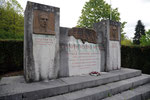 55 Lachalade Monuments aux morts italiens