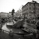 Piazza di Spagna Barcaccia di Pietro Bernini