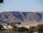 KOIIMASIS RANCH TIRAS MOUNTAINS KOIIMASIS TIRAS MOUNTAINS NAMIBIA MOTORRADREISEN ENDUROTOUREN QUADTOUREN GELÄNDEWAGENTOUREN ABENTEUERREISEN OFFROADTOUREN / NAMIBIA KALAHRI FISHRIVER CANYON SOSSUSVLEI