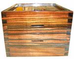 Box    Makassa-Ebene,  french-polished