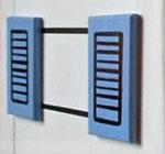 """Houten Nestkastje , """"Nestkastjes in Grieks stijl, Details, Vogelhuisje bouwen ,  vogelhuisje in Grieks e stijl, lichtblauw, ramen model 2"""