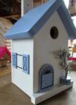 """Houten Nestkastje , """"Nestkastjes in Grieks stijl, Details, Vogelhuisje bouwen ,  zijkant vogelhuisje in Grieks e stijl, lichtblauw model 2"""