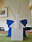 """Houten Nestkastje , """"Nestkastjes in vorm van Vlinder , Details, Vogelhuisje bouwen ,  vogelhuisje vlinder achterkant"""