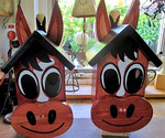 """Houten Nestkastje , """"Nestkastjes in vorm van Paard , Details, Vogelhuisje bouwen , twee paarden-vogelhuisjes _1"""