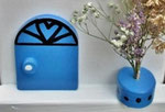 "Houten Nestkastje , ""Nestkastjes in Grieks stijl, Details, Vogelhuisje bouwen ,  deur model 1 vogelhuisje in Grieks e stijl, lichtblauw"