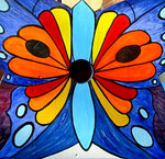 """Houten Nestkastje , """"Nestkastjes in vorm van Vlinder , Details, Vogelhuisje bouwen ,  vogelhuisje vlinder eindresultaat, voorkant"""