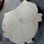 """Houten Nestkastje , """"Nestkastjes in vorm van een Uil, Details, Vogelhuisje bouwen ,  vogelhuisje Uil in de maak"""