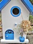 "Houten Nestkastje , ""Nestkastjes in Grieks stijl, Details, Vogelhuisje bouwen ,  voorkant model 3 vogelhuisje in Grieks e stijl, lichtblauw"