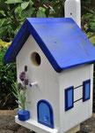 """Houten Nestkastje , """"Nestkastjes in Grieks blauw, Details, Vogelhuisje bouwen ,  zijkant vogelhuisje in Grieks blauw_1"""