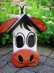 "Houten Nestkastje , ""De Koe, wit-bruin"", Details, Vogelhuisje bouwen, voorkant_6"
