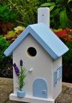 "Houten Nestkastje , ""Nestkastjes in Grieks stijl, Details, Vogelhuisje bouwen ,  vogelhuisje in Grieks e stijl, lichtblauw, voorkant"