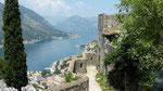 Blick von der Festungsanlage auf Kotor
