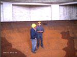Auf dem Boden des ehemaligen Behälters, der 700 qm Trinkwasser beinhalten konnte..