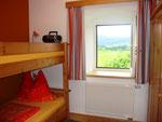 Kinderzimmer mit Stockbett und Zusatzbett (max. 3 Kinder)