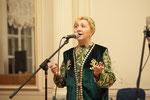 Сания Ишкинина исполняет духовную песню