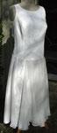 sommerliche Matinee mit sehr direktem Publikumskontakt- wadenlanges Kleid im Art-deco-Stil