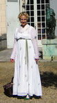 Promenadenkleid aus handbesticktem Batist