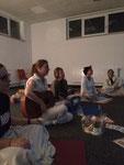 Janina Gradl Yoga und Lomi-Massagen Yogawochenende