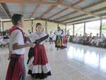 Folkloretanz an einer Grundschule in San Raffael, Costa Rica