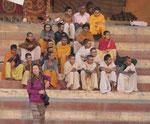 Shivaanhänger an einem Ghat von Varanasi