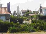 Villenviertel und Leuchtturm in Punta del Este, Uruguay