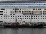 Alter und neuer Dampfer in Norwegen