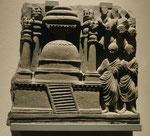Verehrung des Stupa, Schiefer-Relief aus Gandhara, 2. Jh. n. Chr.