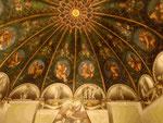 Decke des Wohnraums der Äbtissin im Benedektinerkonvent St. Paul in Parma, Italien