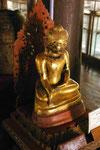 Buddhafigur aus Pappmaschee imYoke-Son Kloster,  Myanmar (Burma)