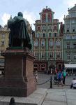 Denkmal eines polnischen Dichters an Breslauer Rathausmarkt