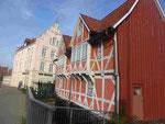 Altes Fachwerkhaus über der Grube in Wismar