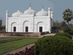 Kushbagh Begräbnisanlage am Ganges